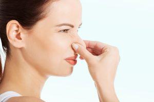 Выделения с неприятным запахом